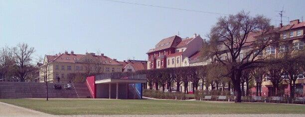 Slovanské náměstí is one of Davidさんのお気に入りスポット.