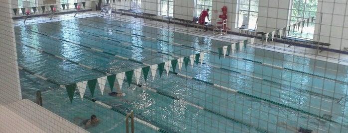 Spiro Sports Center Gym is one of Posti che sono piaciuti a Vicky.