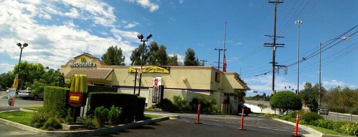 McDonald's is one of Orte, die Melissa gefallen.