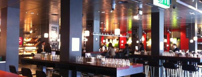 Globus Coffee / Wine Bar is one of Geneva's Nightlife.