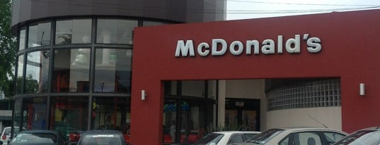 McDonald's is one of Tempat yang Disukai NandoFer.