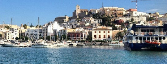 Port d'Eivissa / Puerto de Ibiza is one of Locais curtidos por Aldo.