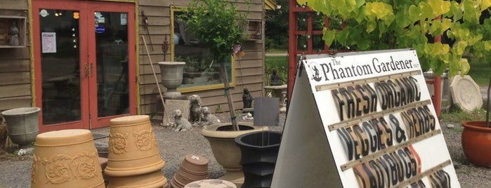 The Phantom Gardener is one of สถานที่ที่ Greg ถูกใจ.
