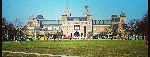 Tramhalte Museumplein is one of Alle tramhaltes van Amsterdam.