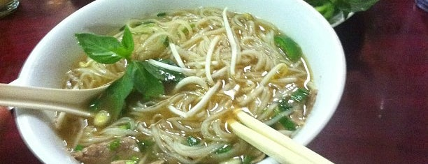 Pho Vietnam is one of Molly 님이 저장한 장소.