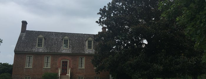 Smith's Fort Plantation is one of Virginia.