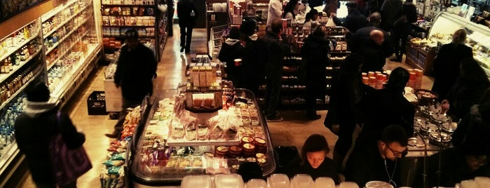 Sunac Fancy Food is one of NY Food Market & Drugstore.