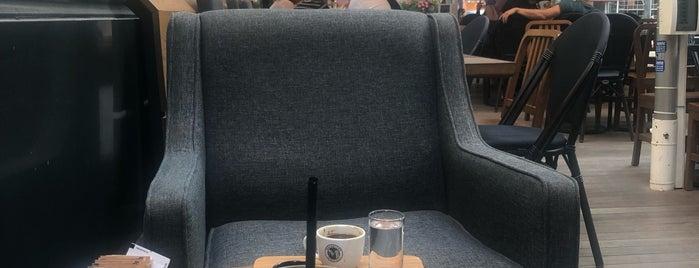 Manhattan Coffee is one of Posti che sono piaciuti a Ferhat.
