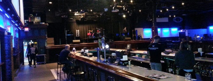 Mulcahy's Pub & Concert Hall is one of Locais curtidos por Erica.