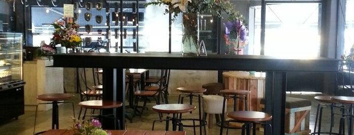 Rebellions Coffee Bar is one of Lugares guardados de mzyenh.