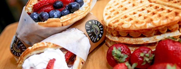 Buffalo Waffles is one of Lieux sauvegardés par Catalina.