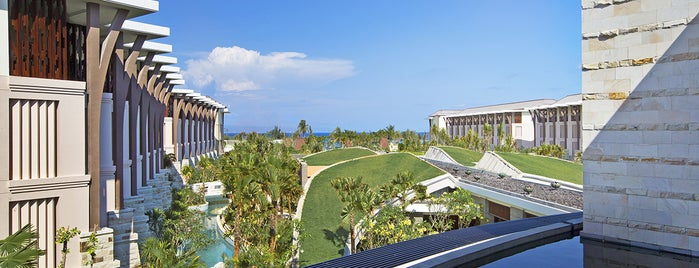 Sofitel Bali Nusa Dua Beach Resort is one of Lugares favoritos de Maria.