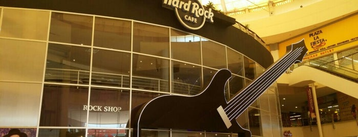 Hard Rock Cafe Cancun is one of Cancún.