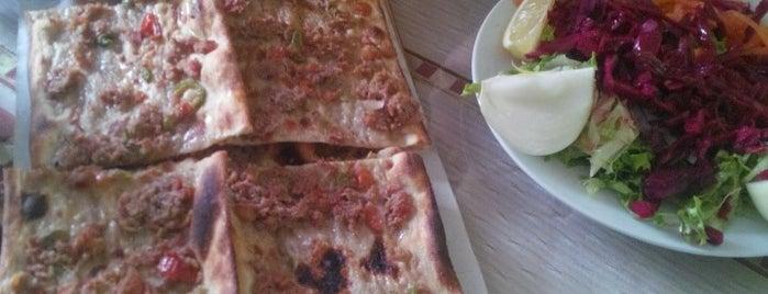 Konyalı Kardeşler Etli Ekmek is one of Yemek.