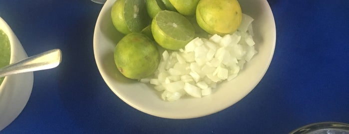 Las Delicias is one of Para comer cerca de ishop.
