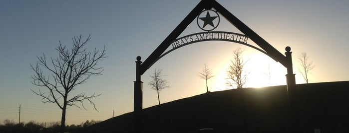 McClendon Park is one of Alexandraさんの保存済みスポット.