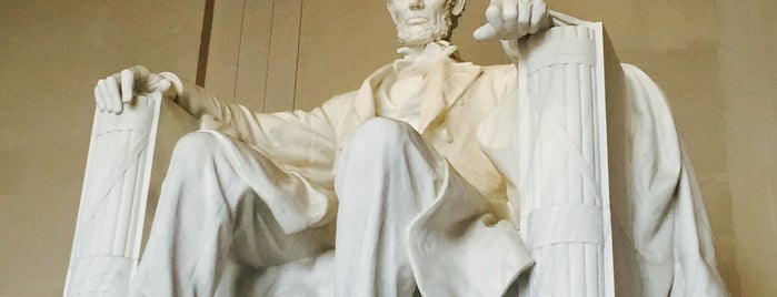 Lincoln Memorial is one of DC Metro.