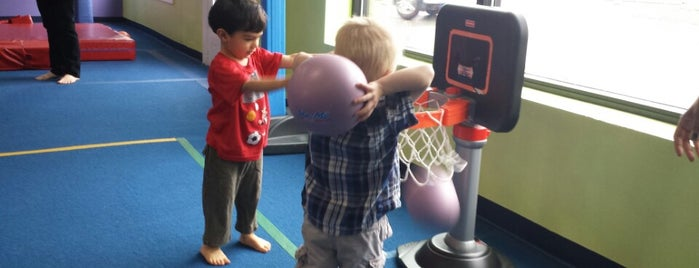 Little Gym is one of Locais curtidos por Kristin.