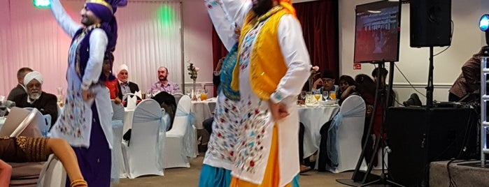 Indian Gymkhana Club is one of London.