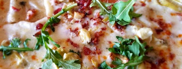 Blaze Pizza is one of Lizzie'nin Kaydettiği Mekanlar.