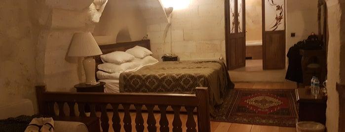 Fresco Cave Suites & Mansions is one of Lieux qui ont plu à Leyla.