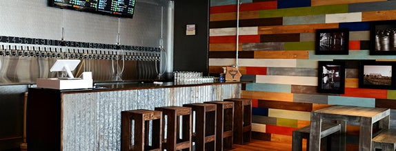 Lakewood Growler is one of FOOD MUSTS in DALLAS.