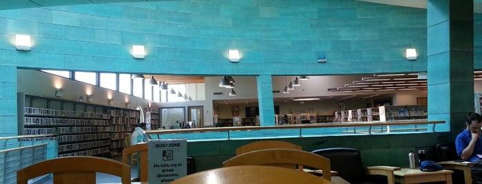 Los Angeles Public Library - Robertson is one of Gespeicherte Orte von Karl.