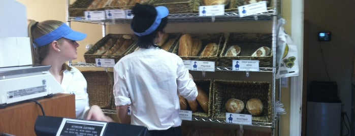 Blue Duck Bakery Cafe is one of Locais curtidos por Adriana.