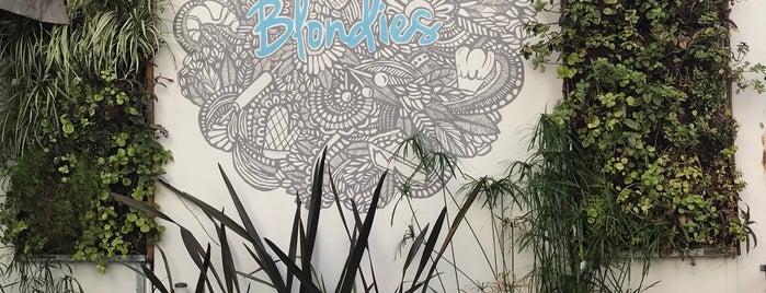 Blondies Bakery Café is one of William : понравившиеся места.