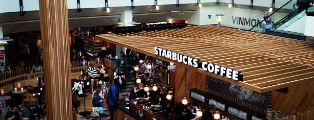 Starbucks Oslo City is one of Tempat yang Disimpan N..