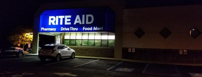 Rite Aid is one of Orte, die Jason gefallen.