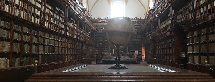 Biblioteca Palafoxiana is one of Orte, die Jorge gefallen.