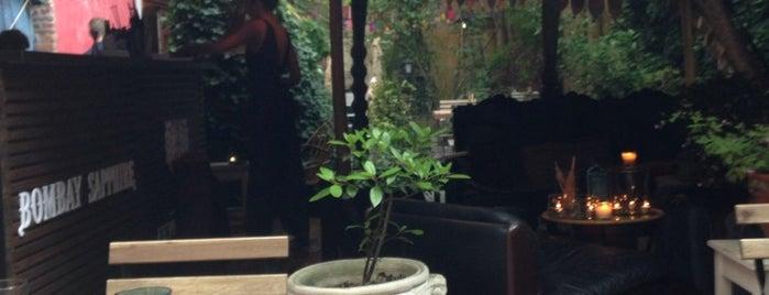 Imagin - Le Jardin Secret is one of Bars.