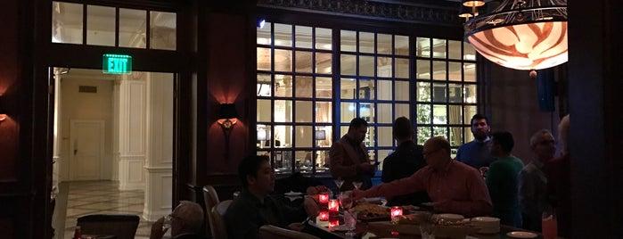Library Bar is one of Posti che sono piaciuti a Michael.