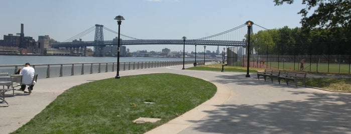 East River Park is one of Places to Run.