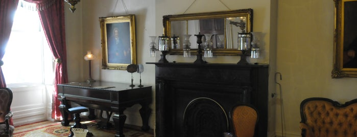 Merchant's House Museum is one of New York City's Historic House Museums.