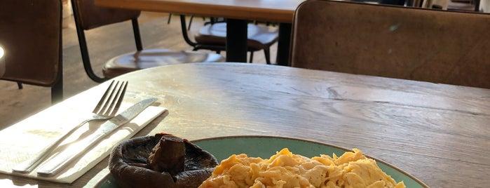 Belsize Kitchen is one of Posti che sono piaciuti a Soyuz.
