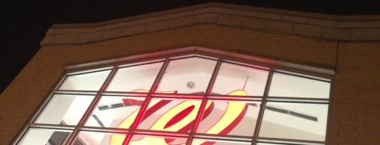 Walgreens is one of Lieux qui ont plu à Andy.