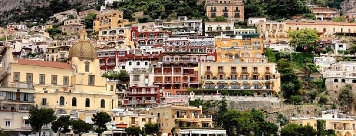 Positano is one of Napoli & Positano.