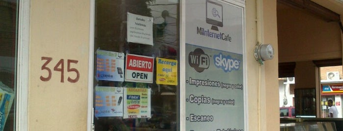 Mi Internet Cafe is one of Lugares favoritos de Julius.