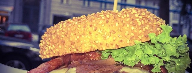 who's that burger is one of Berlins Best Burger.
