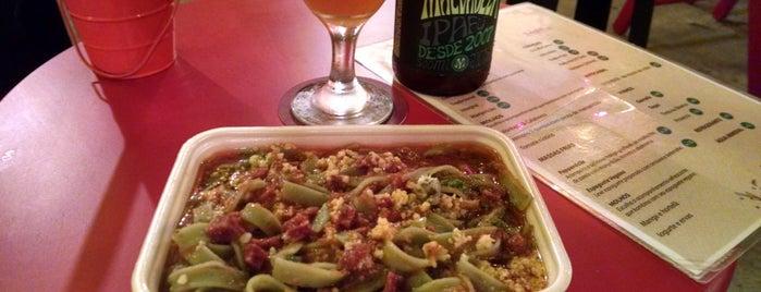 kombina FoodTruck is one of Locais curtidos por Alfredo.