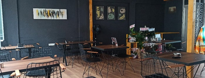 Cogito Cafe & Bistro & Falafel is one of Nightlife In Eastern Black Sea Section.