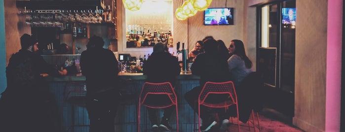 Variety Bar is one of Jake 님이 좋아한 장소.