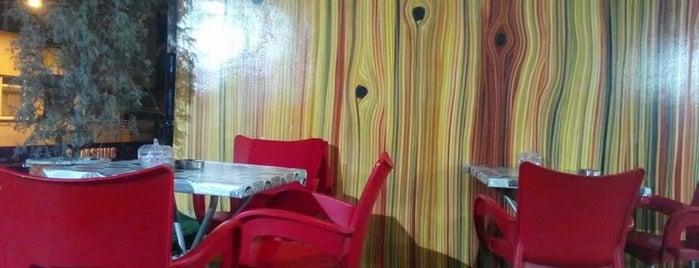 Siyah İnci Cafe is one of Lugares favoritos de Serhan.