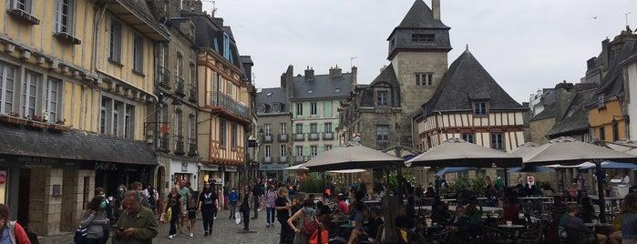 Quimper is one of Bretagne.