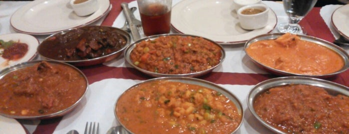 Darbar Indian Cuisine is one of Armelle : понравившиеся места.
