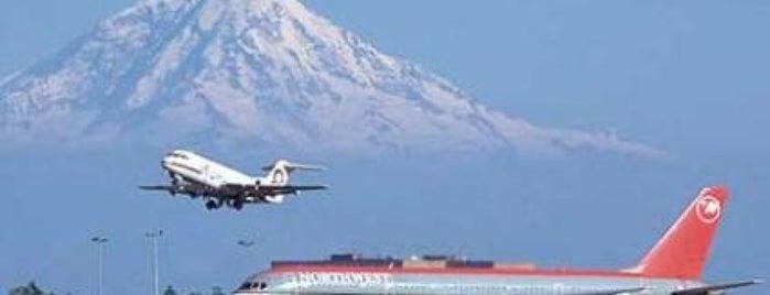 시애틀 터코마 국제공항 (SEA) is one of Alyssa's Seattle visit.