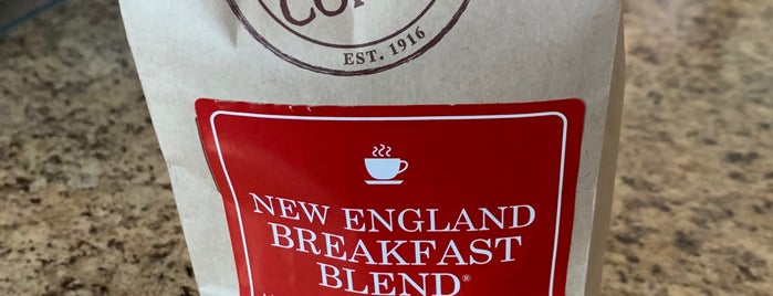 New England Coffee Company is one of Coffee & Bakeries ☕️🥐.