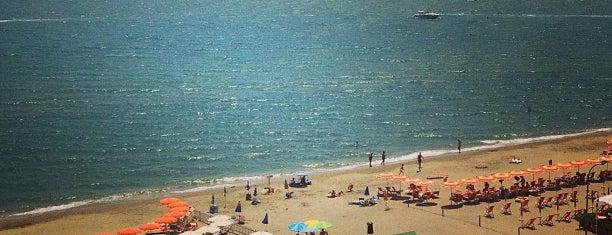 Riva Del Mare is one of Posti che sono piaciuti a Daniele.